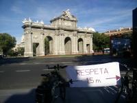 Pancarta «Respeta 1,5 m»
