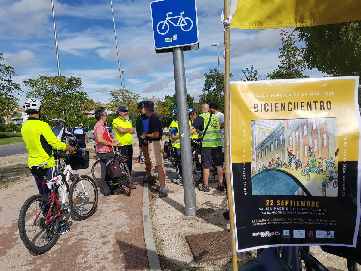 Bicicletada reivindicativa por enlace ciclista y peatonal entre Madrid yCoslada