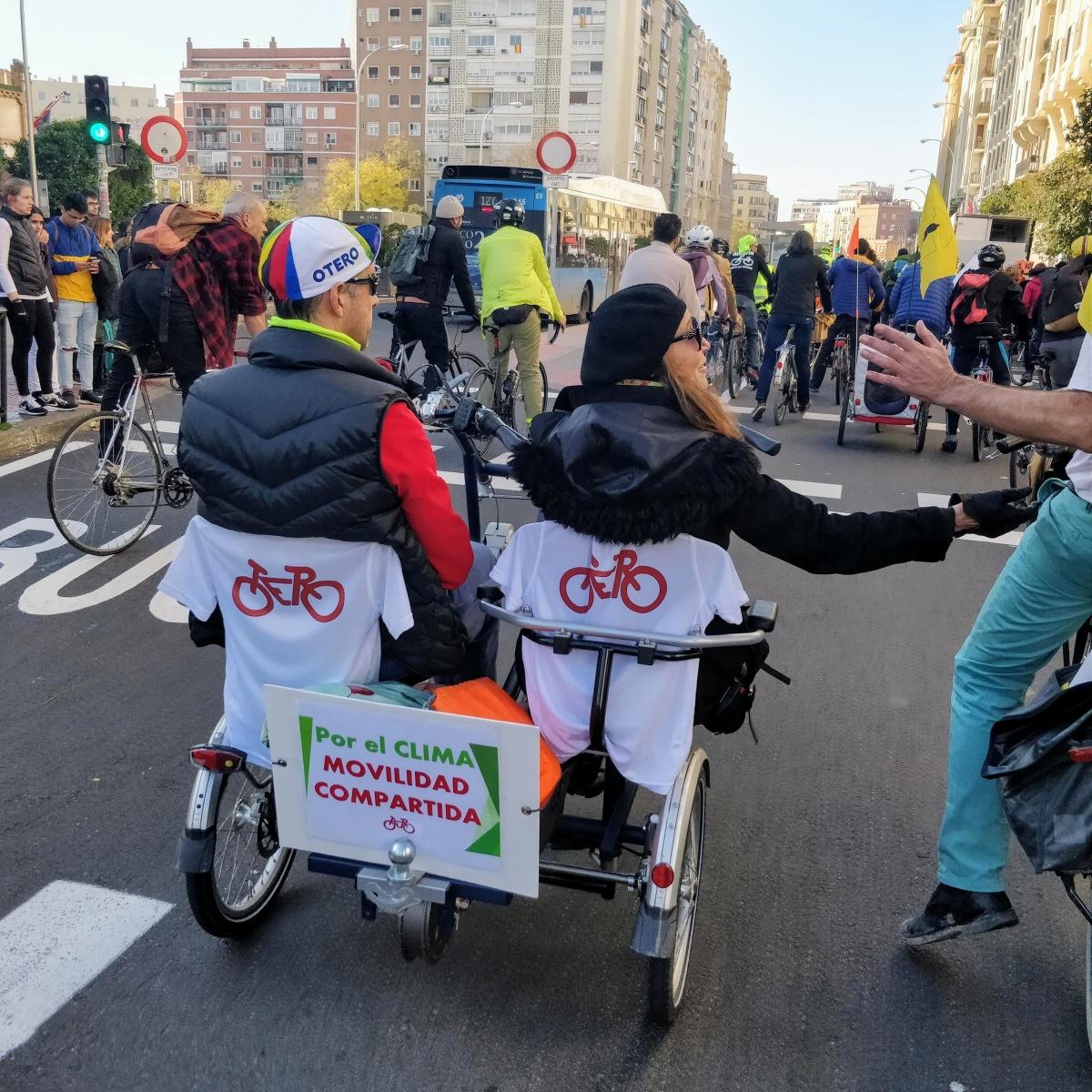 Transformando el espacio: Ciudades colaborativas, movilidad inclusiva ycohousing